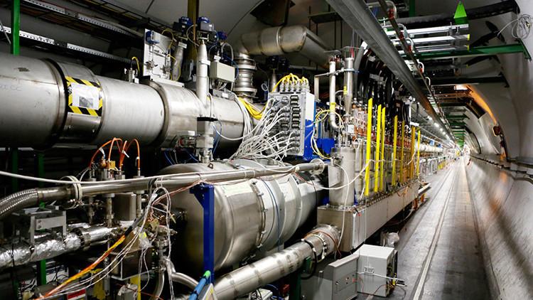 Resultado de imagen de La velocidad a la que viajan los haces de partículas en los grandes aceleradores
