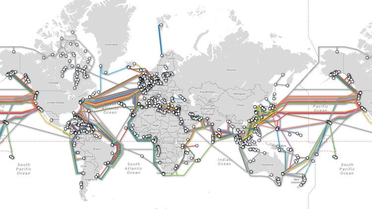 Mapa animado impactante: la red global de cables subacuáticos que proveen Internet (Video)