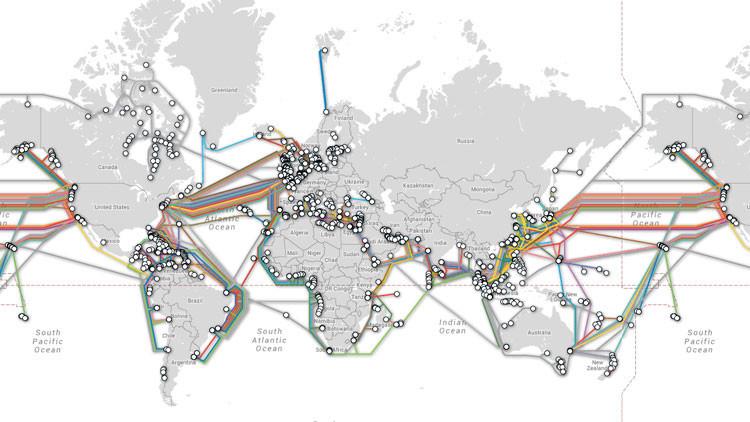 Mapa animado impactante: la red global de cables subacuáticos que proveen Internet(Video)