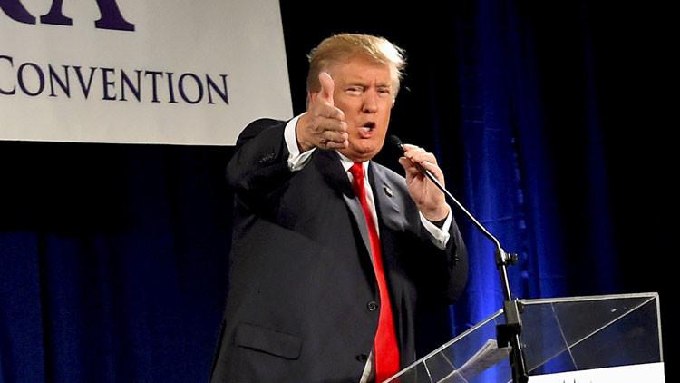 Trump reprocha a su rival Jeb Bush que hable en español