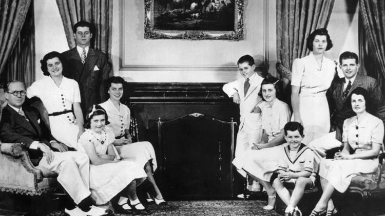 Lobotomía y centros psiquiátricos: revelan el secreto más oscuro del clan Kennedy