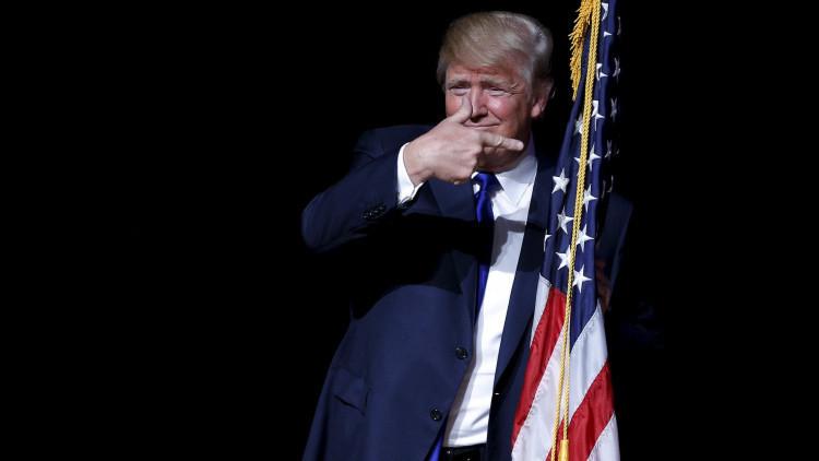 """Trump: """"Parece que estemos protegiendo al Estado Islámico"""""""