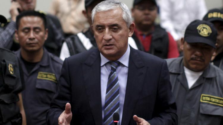 Otto Pérez Molina se jacta de haber rechazado un soborno de El Chapo en 1993