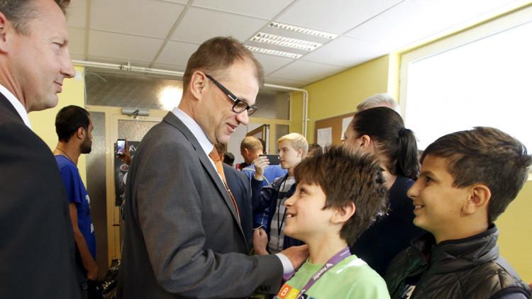 El primer ministro de Finlandia alojará a refugiados en su casa