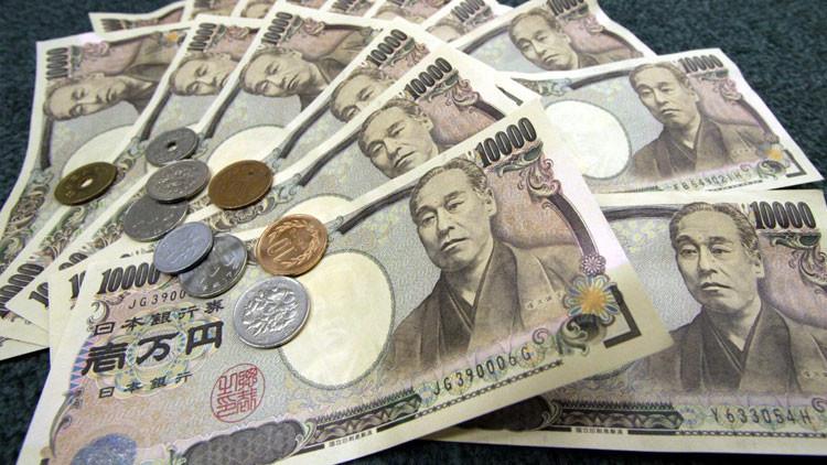 Japón propone a Rusia utilizar yenes en lugar de dólares en sus transacciones