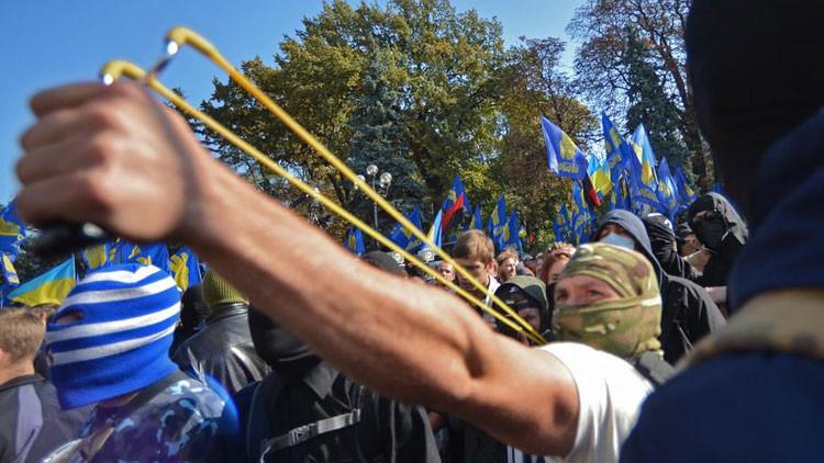"""""""Hay una verdadera amenaza de insurgencia ultraderechista en Ucrania"""""""