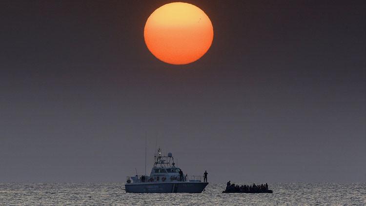 Hallan ahogado en una playa de Grecia a un niño recién nacido