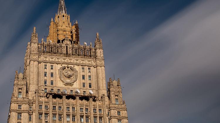 """""""Rusia no nombra ni despide a presidentes extranjeros ni por sí misma ni en complicidad"""""""