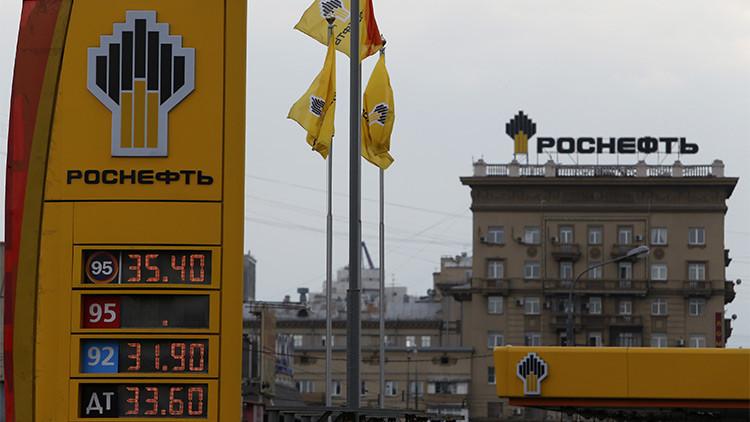 ¿Por qué las petroleras rusas crecen más que las occidentales pese a la caída del precio del crudo?