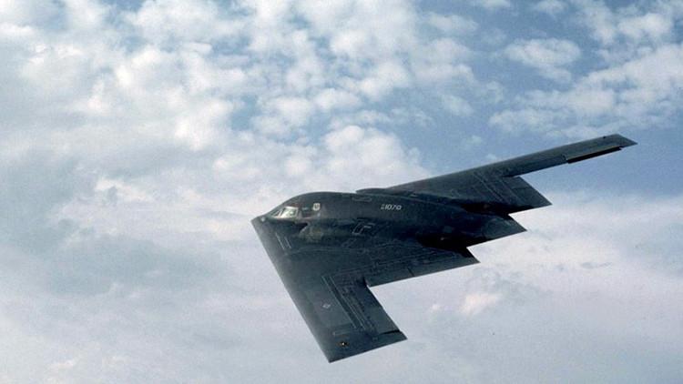 """""""EE.UU. desarrolla un nuevo bombardero furtivo para compensar el fracaso del F-35"""""""