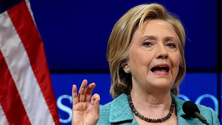 """Experto de Wall Street: La Fundación Clinton es una """"vasta conspiración criminal"""""""