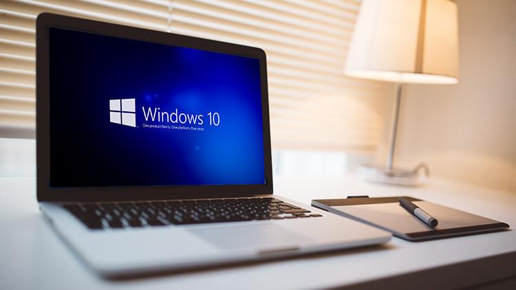 Microsoft descarga en su PC el Windows 10 'por si acaso'