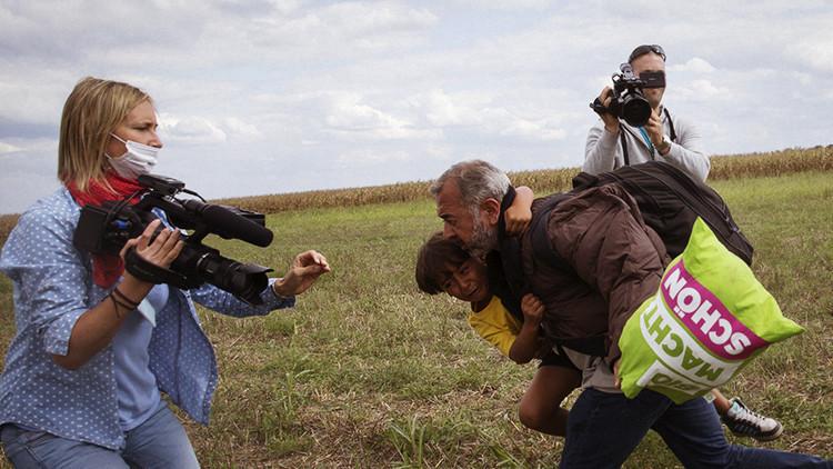 """""""Ocurrió algo dentro de mí. Lo siento"""": La reportera húngara que agredió a refugiados pide disculpas"""