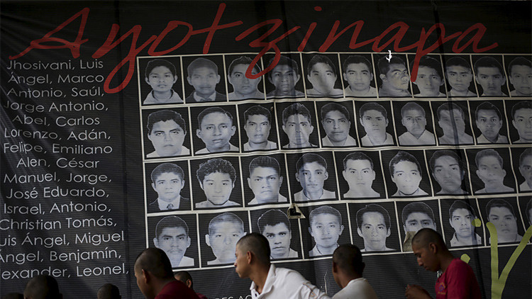 'Proceso': La PGR torturó albañiles para que se hicieran pasar por sicarios de los 43 estudiantes