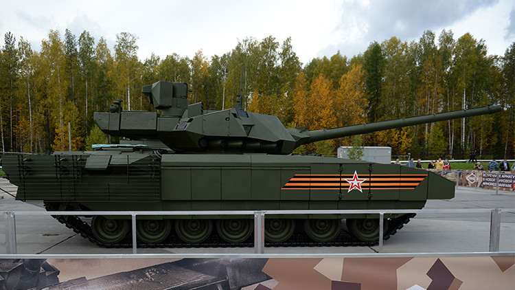 Un 'baile' que desarma: Los increíbles giros del T-14 Armata, el tanque ruso más avanzado