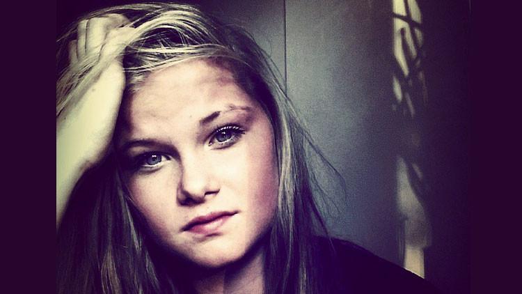 Condenan a una joven por asesinar a su madre bajo la influencia de las ejecuciones del EI