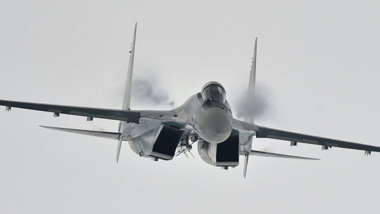 F-35 sería indefenso contra cazas Su-35 rusos sin apoyo aéreo