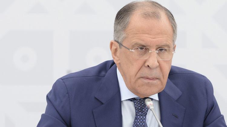 Lavrov tilda de utopía la idea de que la marcha de Al Assad pueda resolver los problemas en Siria