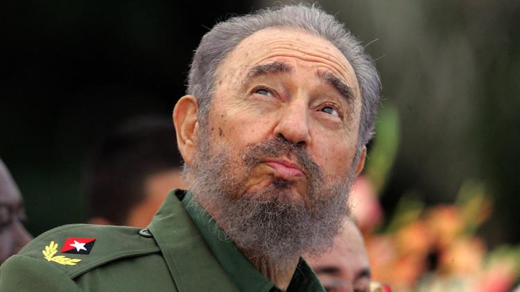 Un documental canadiense revela imágenes inéditas de Fidel Castro firmando su renuncia