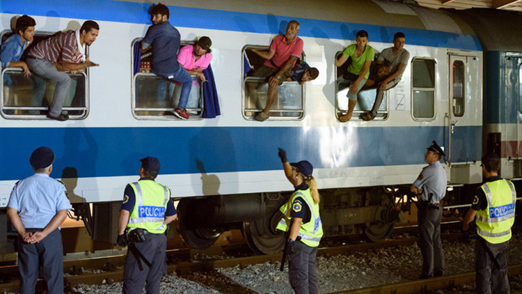 Eslovenia suspende el tráfico ferroviario ante la afluencia de refugiados de Croacia