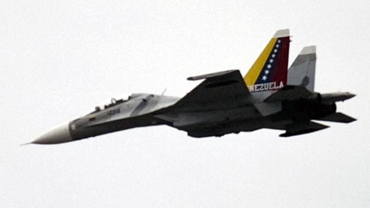 Venezuela: Se estrella un avión militar bolivariano en la frontera con Colombia