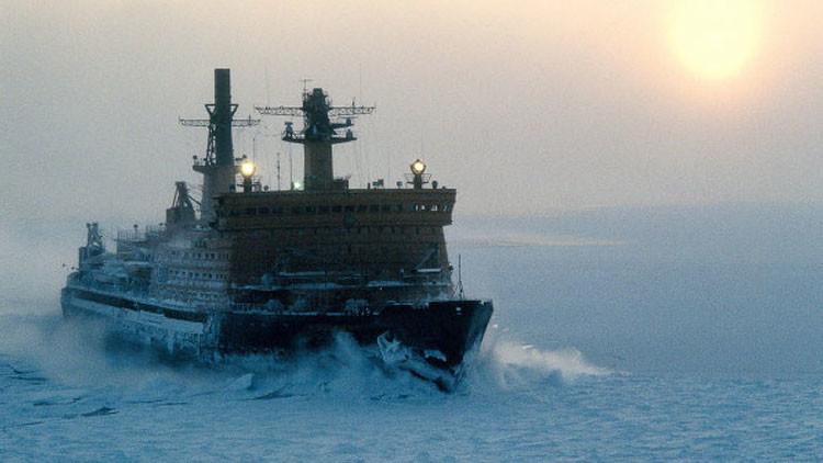 Rusia aplasta ambiciones de EE.UU. en el Ártico con su 'super-rompehielos'