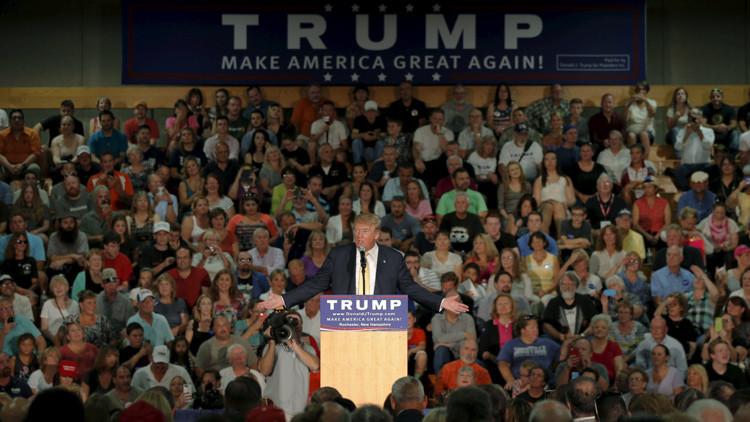 Donald Trump apoyó el ataque racial contra Barack Obama