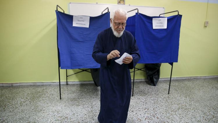 Empiezan las elecciones parlamentarias anticipadas en Grecia
