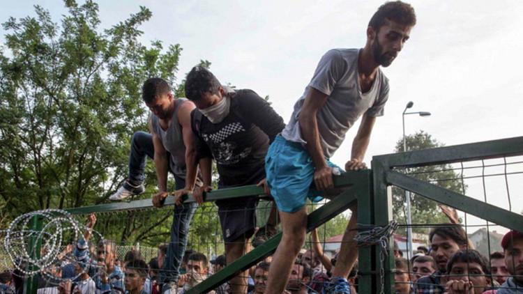 Los 12 culpables de la ola de refugiados en Europa, según 'Politico'
