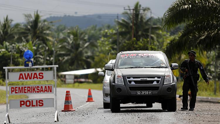 Hombres armados secuestran a tres extranjeros en un complejo hotelero en Filipinas