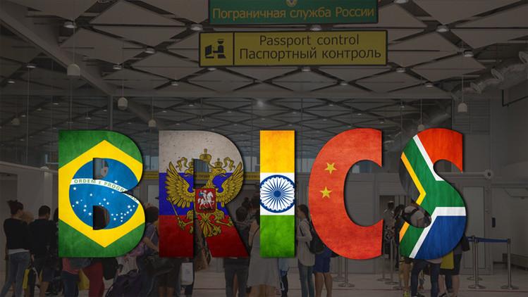 Putin propone eximir de visados a los turistas de los países BRICS