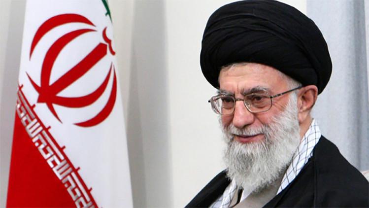 """Líder supremo iraní: """"Las políticas maliciosas de EE.UU. son nuestro mayor problema"""""""
