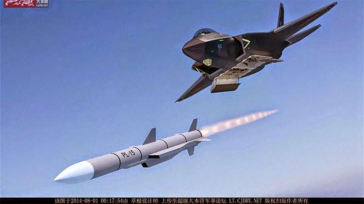 El nuevo misil chino aire-aire asusta al comandante de la Fuerza Aérea de EE.UU.