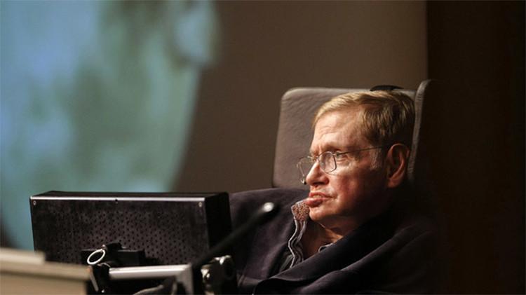 """Hawking ve la visita de extraterrestes como el desembarco de Colón: """"A los nativos no les fue bien"""""""