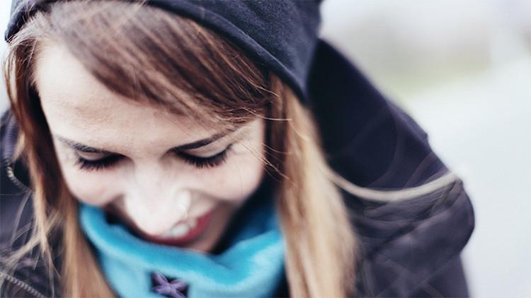 Olvídense de los consejos en la Red: la neurociencia revela los secretos de la felicidad