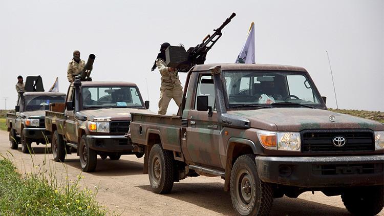 EE.UU. reconoce que los rebeldes que entrenó entregaron municiones a Al Qaeda