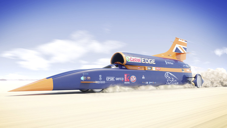 """""""Más rápido que una bala"""": Presentan al público el nuevo coche supersónico Bloodhound SSC"""