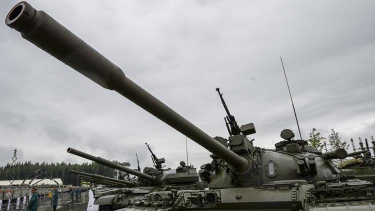 """El secreto de la longevidad de los """"Kaláshnikov de los tanques"""" T-54 y T-55"""