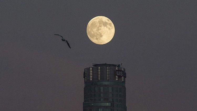 5 curiosidades sobre el eclipse de la 'superluna de sangre' que esta noche 'deslumbrará' a la Tierra