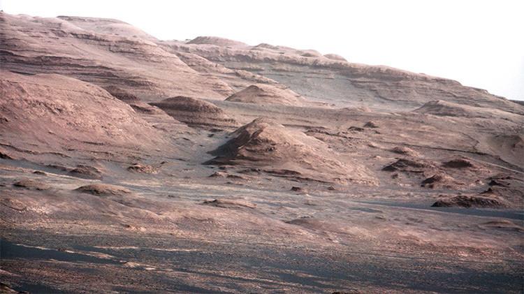 """La NASA anuncia """"la prueba más evidente"""" de que en Marte hay agua líquida"""