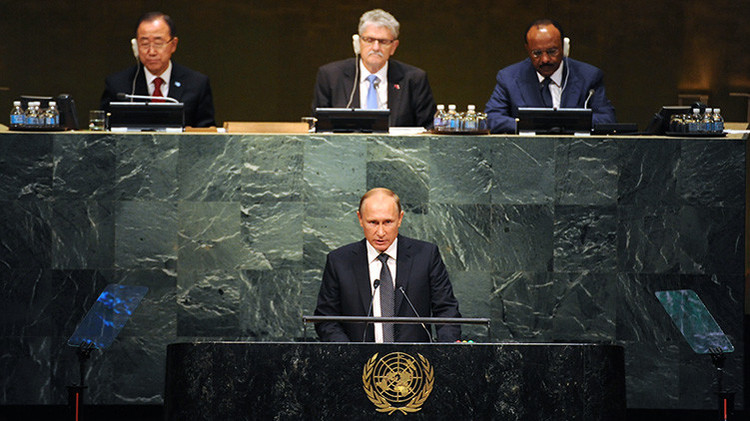 Putin cree que sería un error negarse a cooperar con Assad