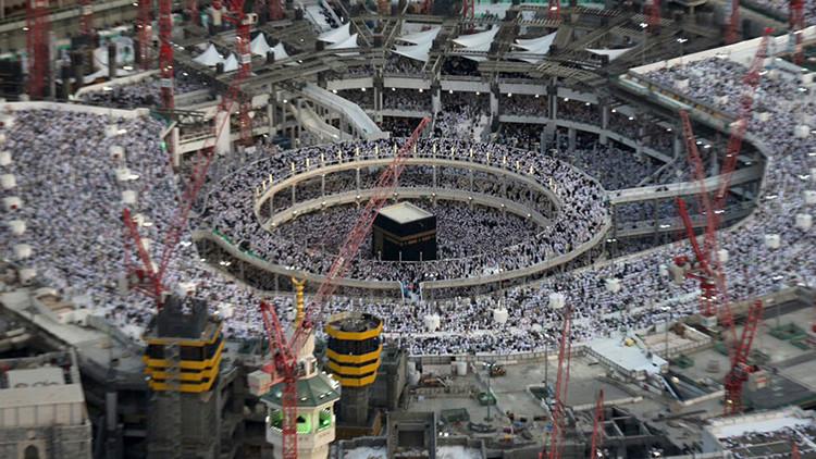 Más de 100 peregrinos mueren tras caer una grúa en Gran Mezquita de La Meca