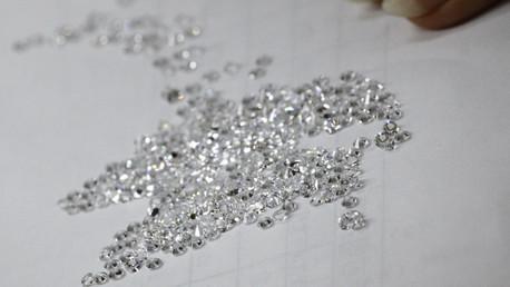 Rusia estudia crear una bolsa de diamantes en el Lejano Oriente