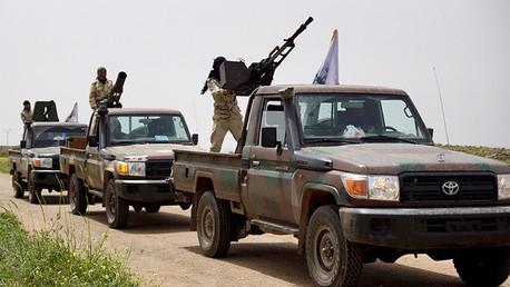EE.UU. reconoce que los rebeldes que entrenó entregaron sus armas a Al Qaeda