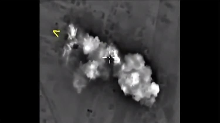 Nuevo vídeo de ataques nocturnos de Rusia contra el Estado Islámico