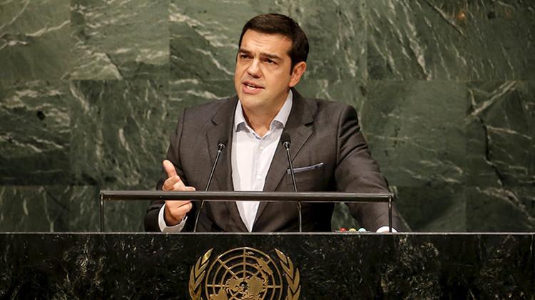 """Alexis Tsipras: """"No permitamos que los niños refugiados mueran en la UE ante los muros levantados"""""""