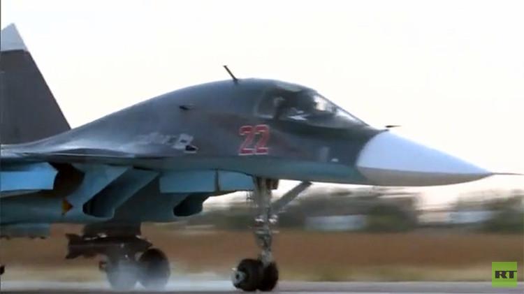 La base militar siria en la que se encuentran los aviones rusos en Latakia. Exclusivo.