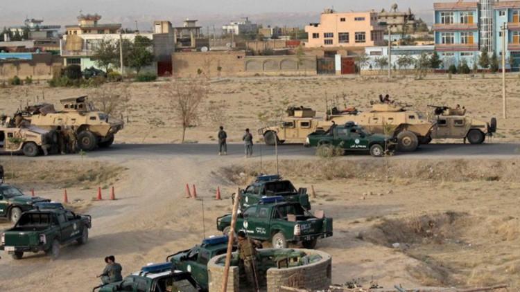Miembros de las fuerzas de seguridad afganas cerca de la ciudad de Kunduz