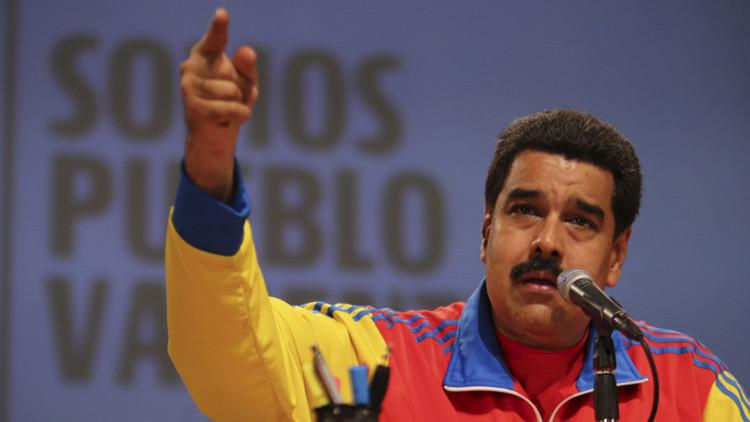 """Maduro: """"Qué buenas relaciones quiere Obama si no es capaz de dar un beneplácito"""""""