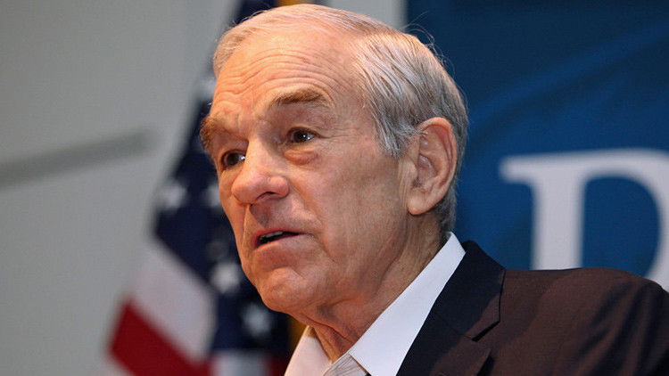 "Ron Paul a RT: ""El mundo sufrirá el mayor accidente de la historia debido al dólar"""